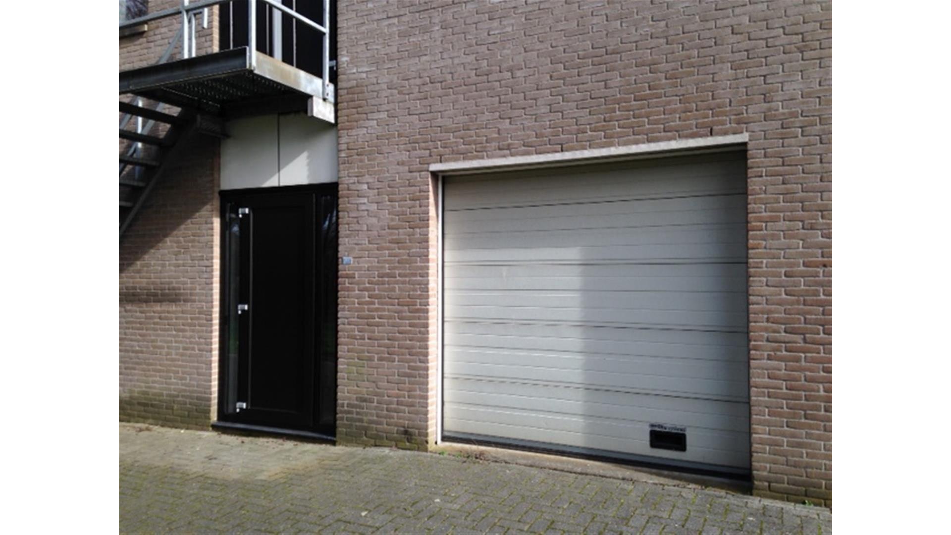 Garage Huren Apeldoorn : Sutton apeldoorn kantoor te huur